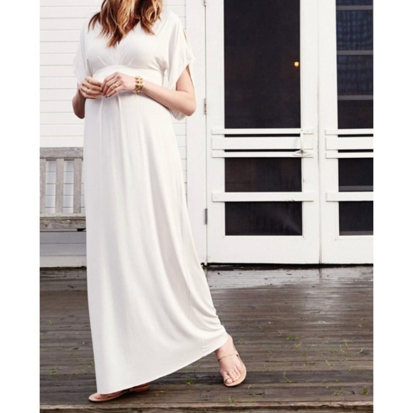 55b6b8b349ed8 Ingrid & Isabel Dresses & Skirts - Ingrid and Isabel maternity maxi dress
